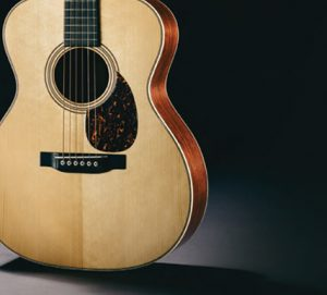 martin-dreadnought-guitar